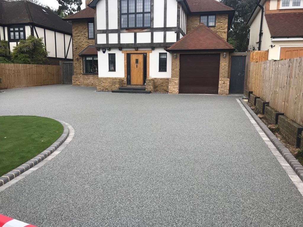Resin Drive After Diamond Driveways
