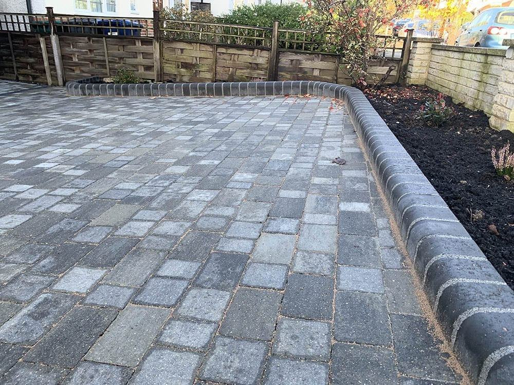 New Block Paving Driveway Mill Hill Edging